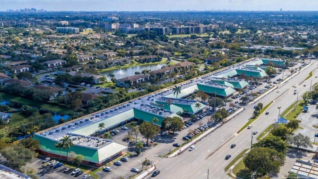 Lauderhill FL-Quality Metal Roofing Crew of Plantation