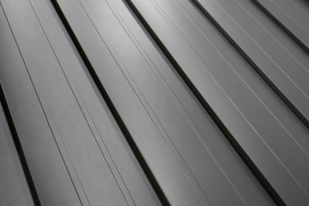 Standing Seam Metal Roof-Quality Metal Roofing Crew of Plantation